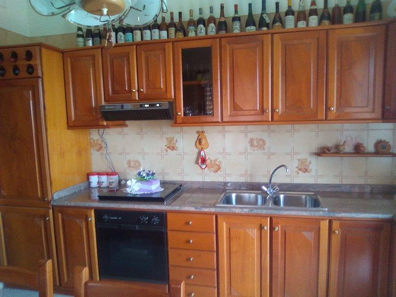 Casa vacanze' Il poggio'., holiday rental in Pennisi