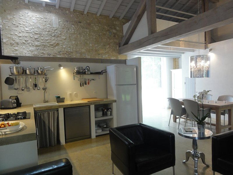 La Grange Haute ****, holiday rental in Clermont de Beauregard