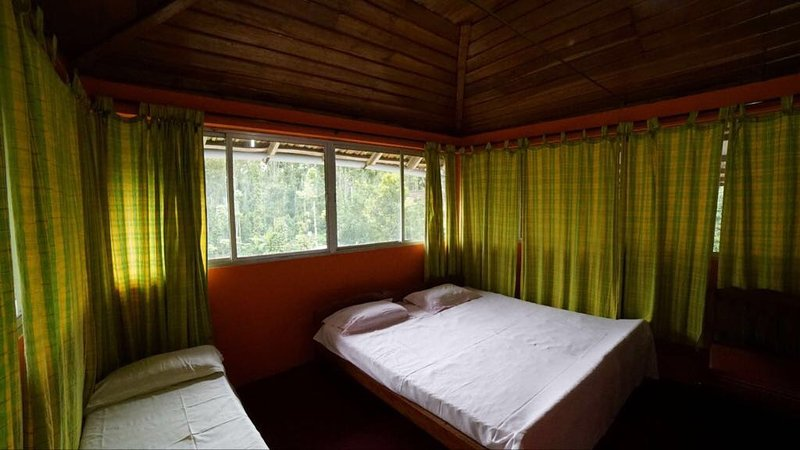 OUTBACK COORG HOMESTAY-Bedroom 1, aluguéis de temporada em Suntikoppa