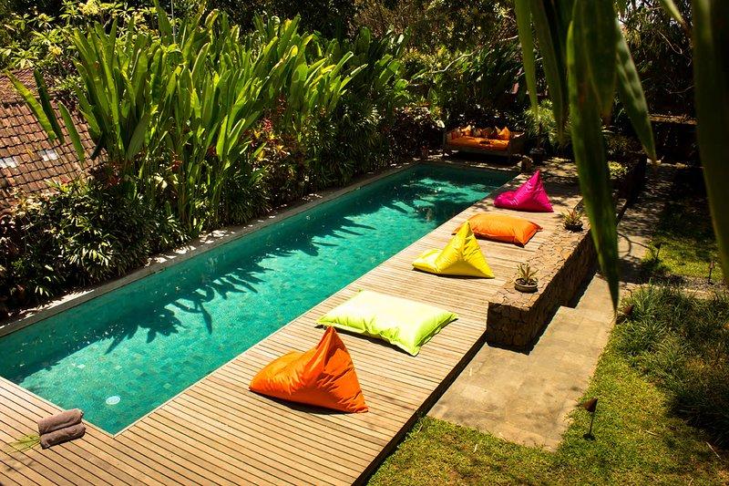 Wahyu Joglo Lux Bali, Sleeps 2, Seminyak Oasis with Full Services for Honeymoon, holiday rental in Pemecutan Klod
