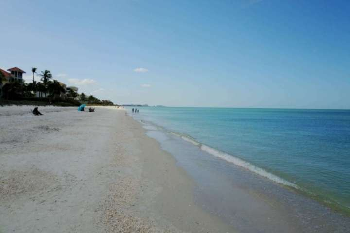 At Bonita Beach & Tennis you're a short walk to the pristine beach, where you can swim, walk, run, or sun till your heart's content.