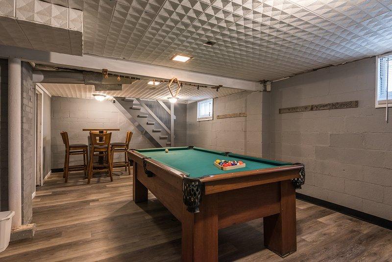 Pool Table/Game Room