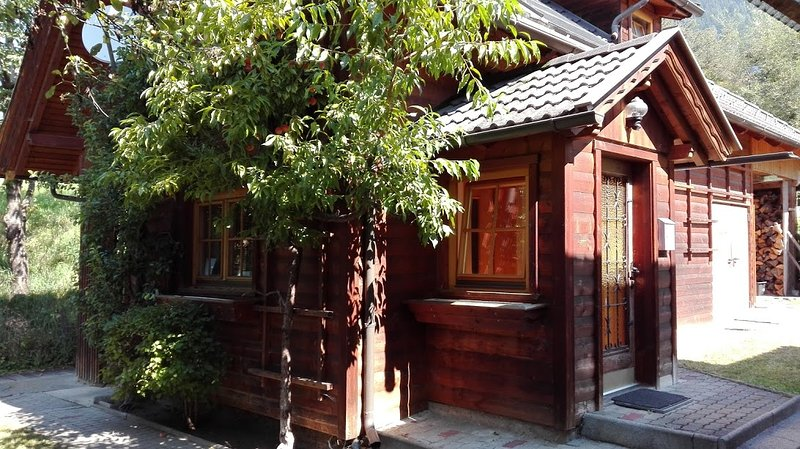 Garten Haus Bed and Breakfast, vacation rental in Dobriach