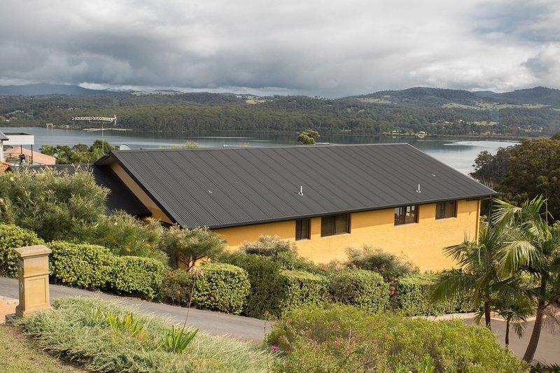 Top Views on Lakewood, vacation rental in Candelo