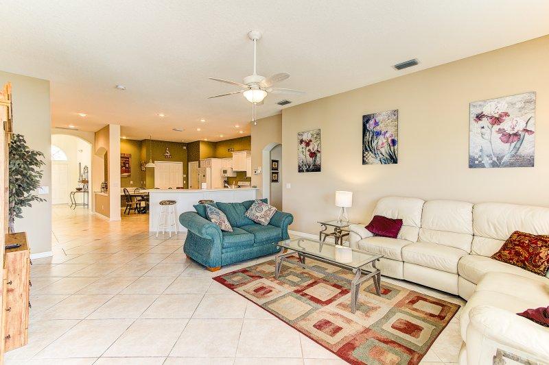 stunning 2 550 sq ft house fl has internet access and washer rh tripadvisor com
