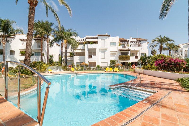 Costalita Jaen 2 bed apt near the beach, location de vacances à Cancelada