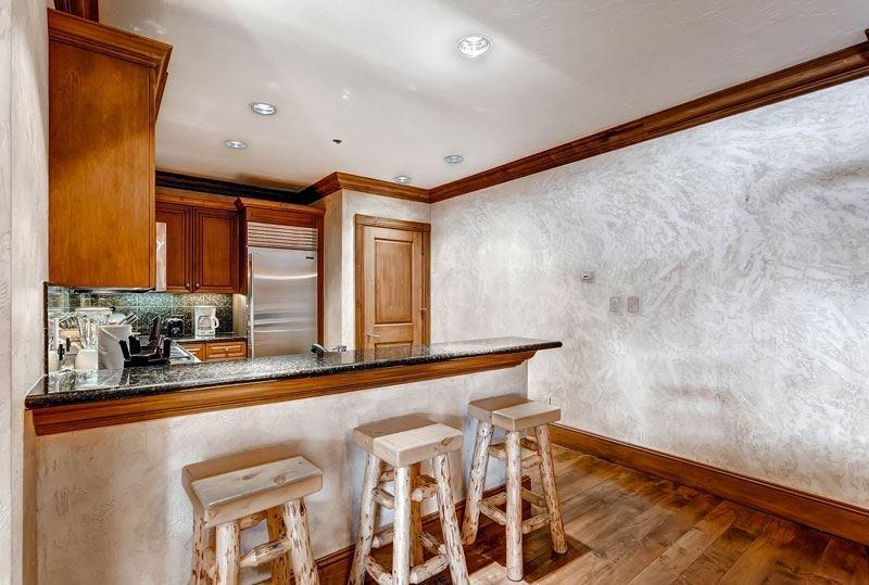7-McCoy-Peak-108_new-kitchen.jpg