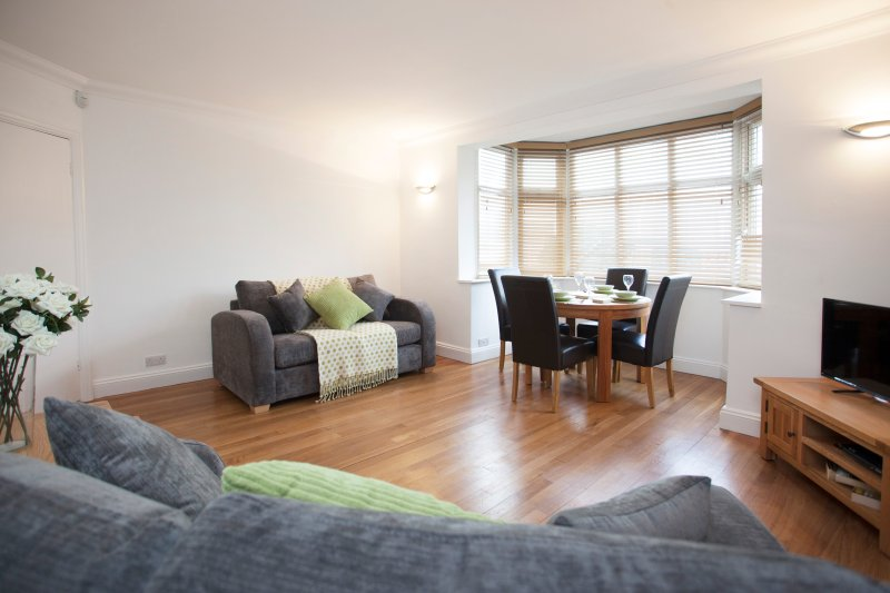 The Pavilion Garden Apartment, holiday rental in Bingham