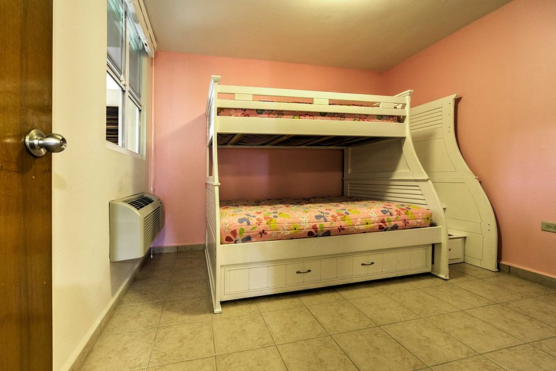 This bunk bed is perfect for the kids!