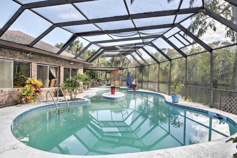 Seu retiro Sunshine State começa com este aluguer de férias Ormond Beach 2-cama!