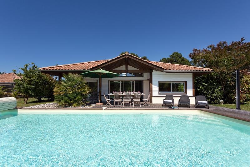 La Prade, Moliets, 4 bedroom villa with private pool, location de vacances à Moliets et Maâ