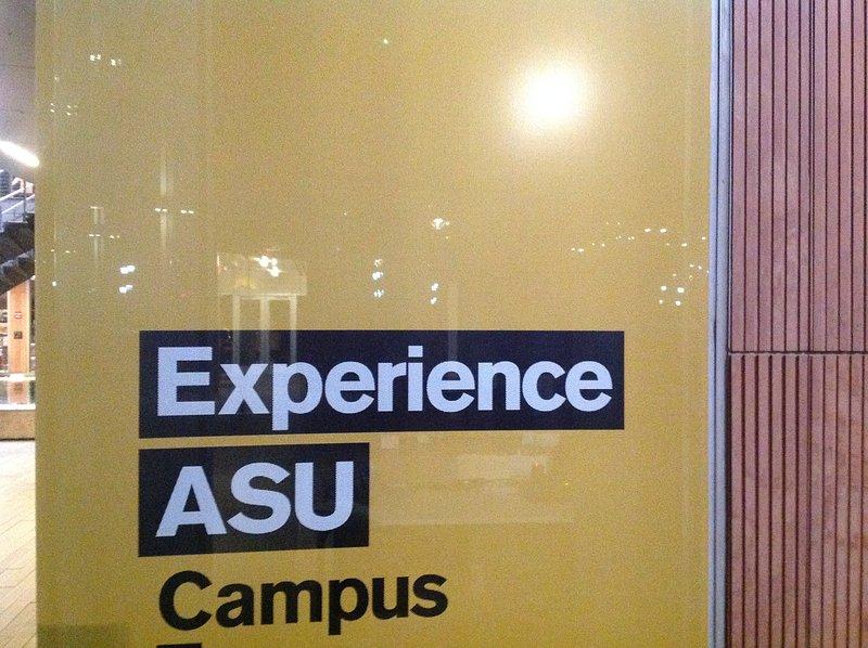 ASU campus principal, que está a menos de 3 millas de distancia