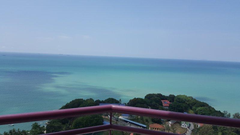 Batu Ferringhi Penang Sea View Apartment, holiday rental in Batu Ferringhi