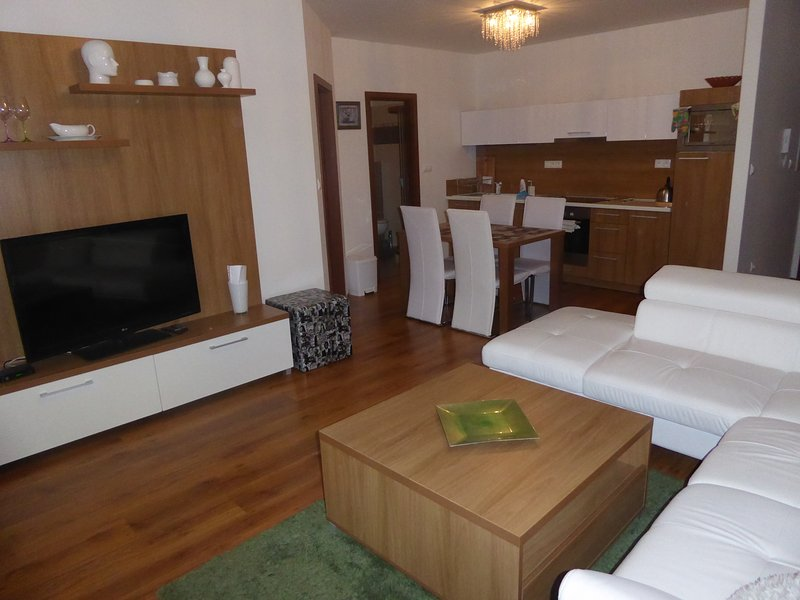 1 Bedroom Apartment Tale, vacation rental in Liptovske Revuce