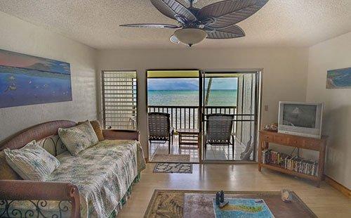 Wavecrest A311 Living Room