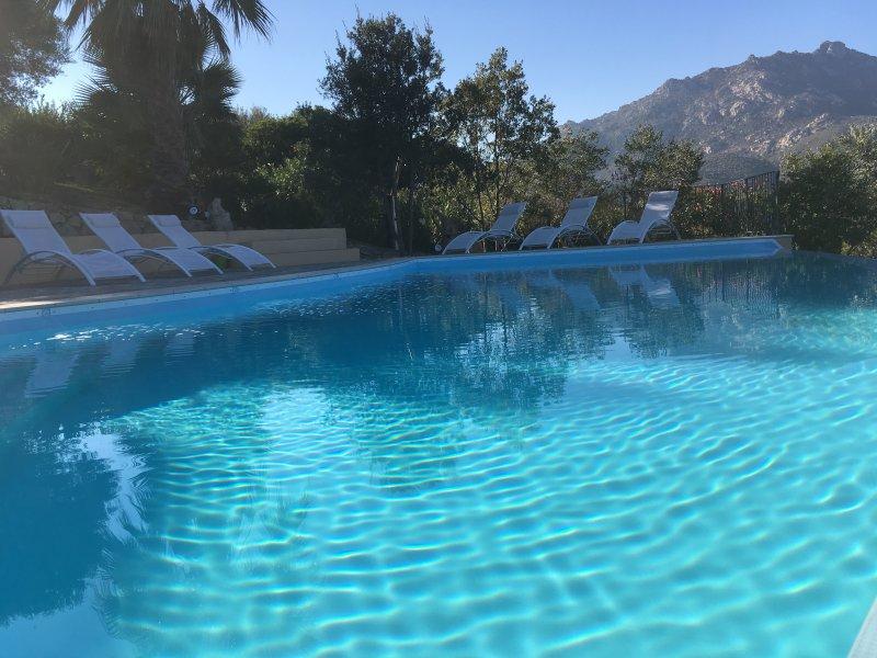 Villa Anastasia: due camere matrimoniali, holiday rental in Olbia
