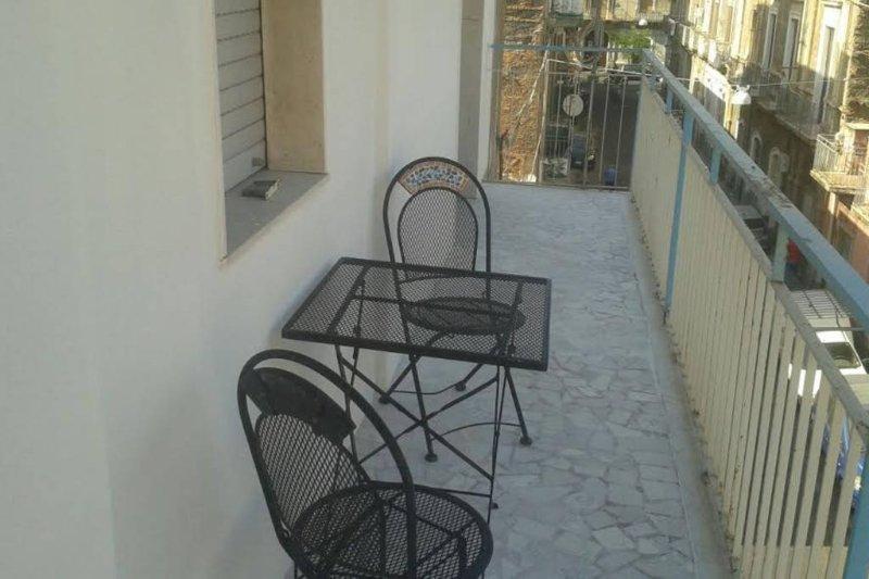 Camera Romantica, vacation rental in Catania