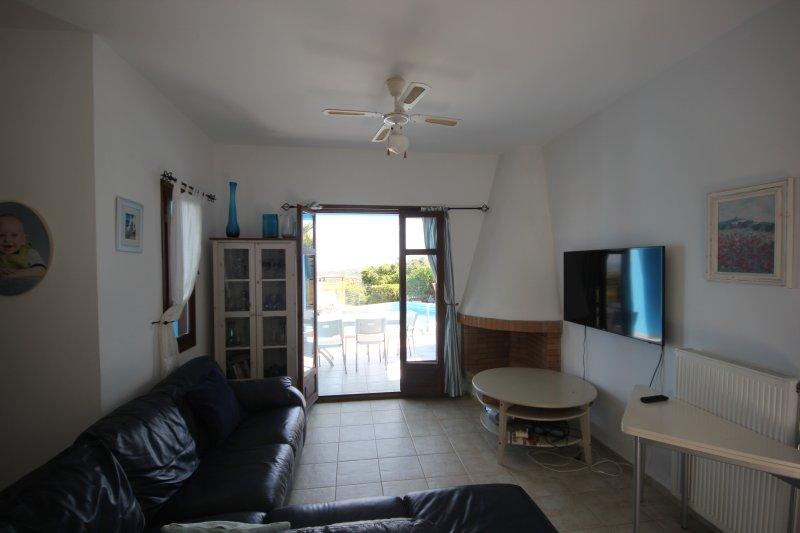 Downstairs Lounge/ Kitchen