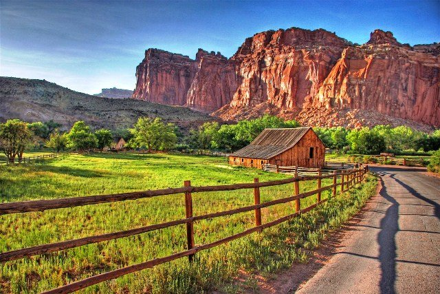 Capitol Reef National Park and Bryce Canyon National Park