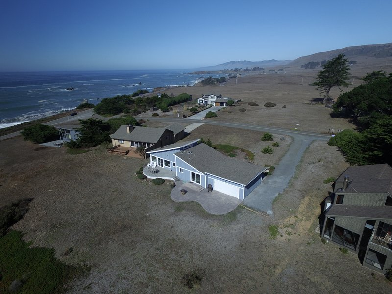 Spectacular Ocean Views!  ****SPECIAL Stay 4 Nights & The 5th Night is FREE, alquiler de vacaciones en Bodega Bay