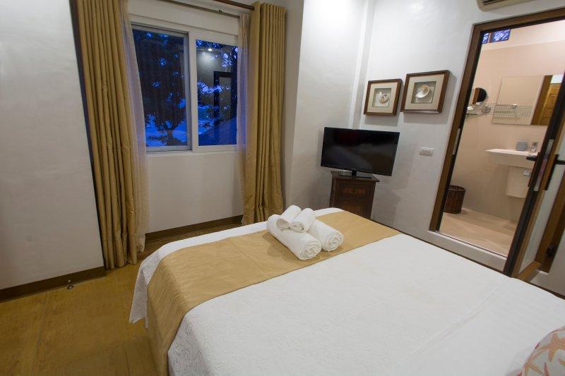 Bachelor Studio Villa