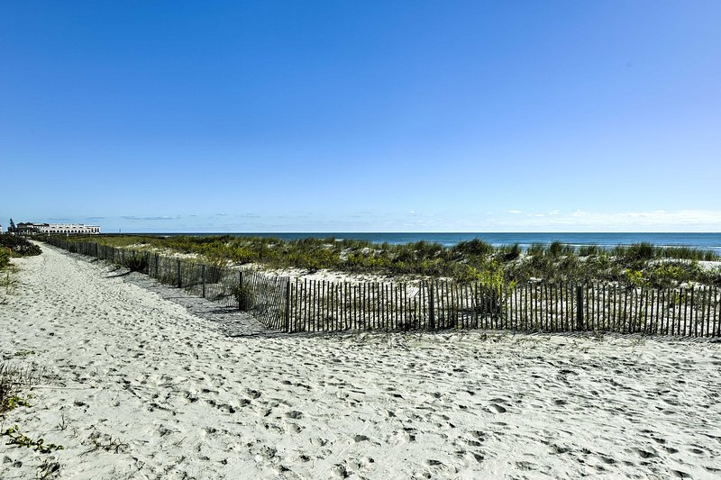 Enjoy the northeastern seaside when you stay in this vacation rental condo in Ocean City!