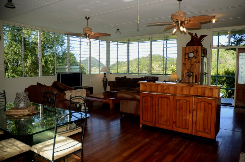 Tree Tops lounge room with spectacular views