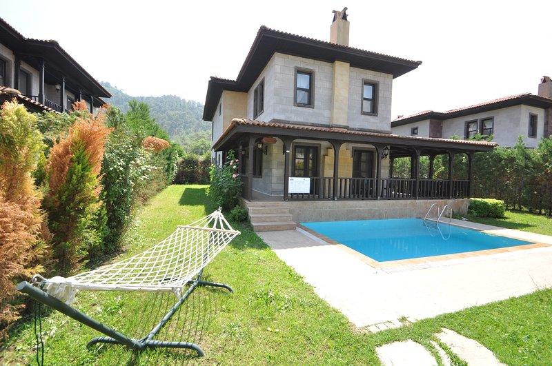 Cleopatra Villa 5 Camli village daily Weekly Rental, holiday rental in Camlik