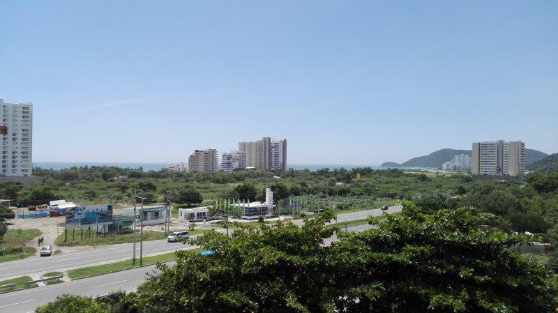 Comfortable new apartment close to Santa Marta airport, holiday rental in Cienaga