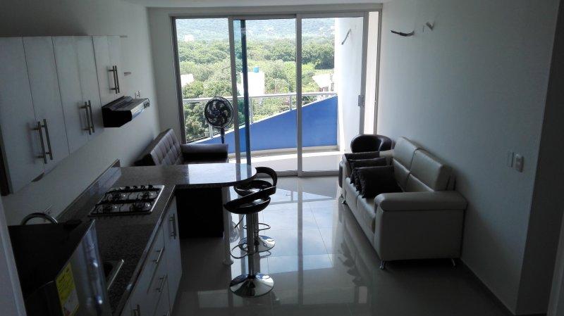 Apartamento a estrenar cerca de Santa Marta Aeropuerto, 1 dormitorio, 2 baños, capacidad: 4 personas