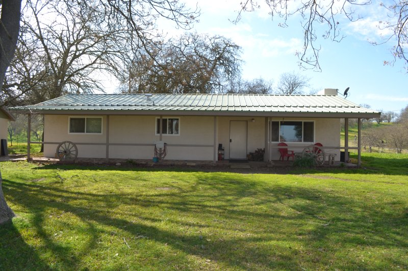 Creston Ranch Home in Wine Country, holiday rental in Creston