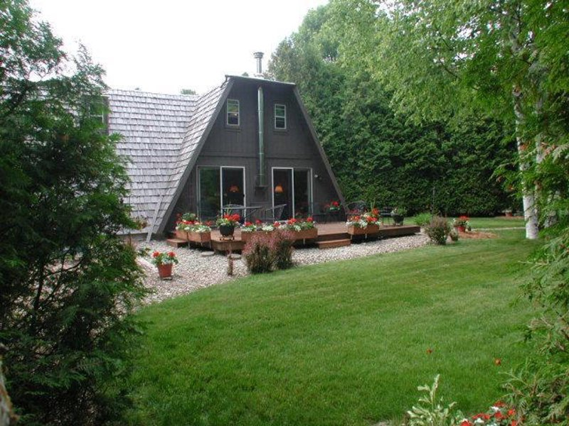North unit Baileys Harbor Secluded Cozy Cabin, location de vacances à Door County