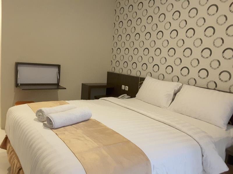 Superior Room -  Nutana Hotel Mataram, holiday rental in Gili Gede