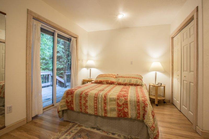 Bedroom with upper deck