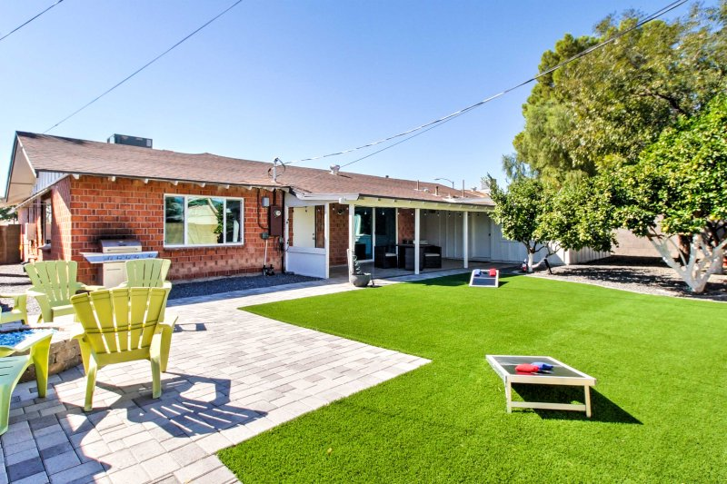 Find the fun side of Scottsdale when you stay in this 3-bedroom vacation rental house!