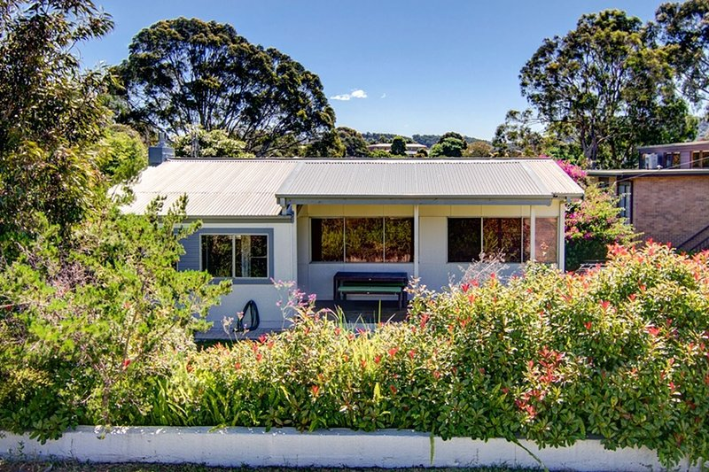 Henny's of Merimbula - Pet Friendly Home, vacation rental in Merimbula