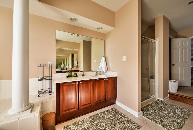 Wash up in the luxurious en-suite bathroom off the master suite.