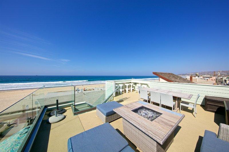 Beautiful deck w/ fireplace - 360 degree views