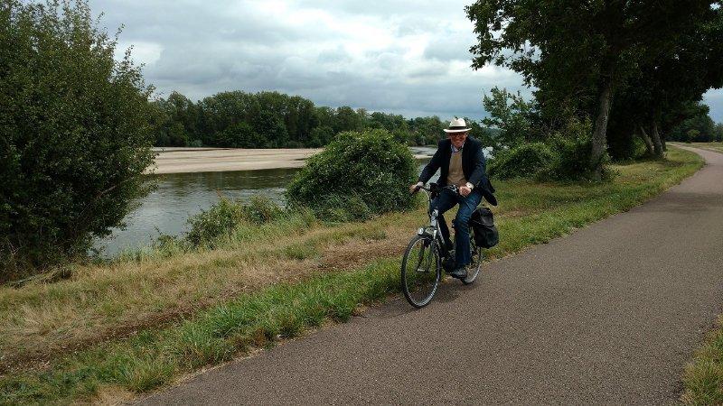 """Holiday 'le Corbier """"está cerca de la ruta del ciclo"""" La Loire à vélo""""."""