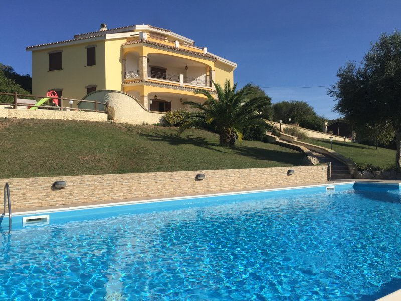Villa Vittoria, holiday rental in Alghero