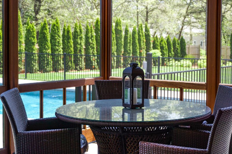 Screened Porch Dining, Overlooks Pool, Patio and Yard