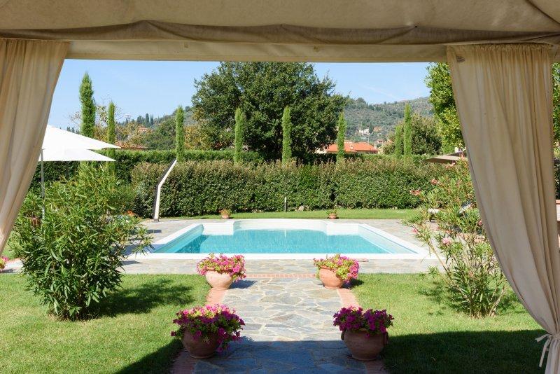 Villa Castiglioni - Castiglioni Villa, Private villa and pool,  Air Conditioning   for 12 plus, aluguéis de temporada em Castiglion Fiorentino