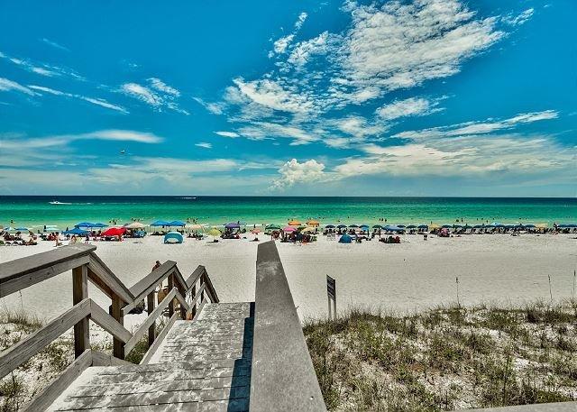 Majestic Sun at Seascape Resort Situé juste en face de la plage