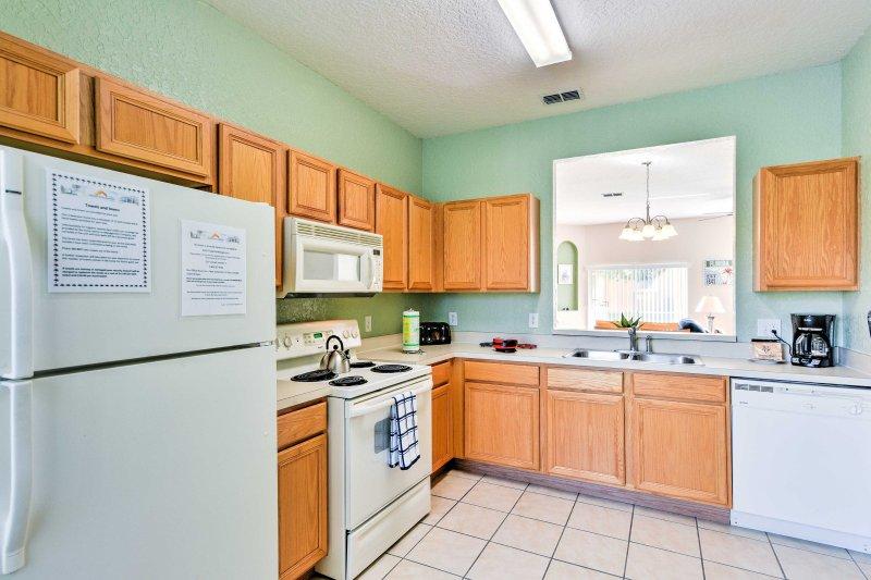 A cozinha dispõe de todos os aparelhos que você vai precisar durante a sua estadia.