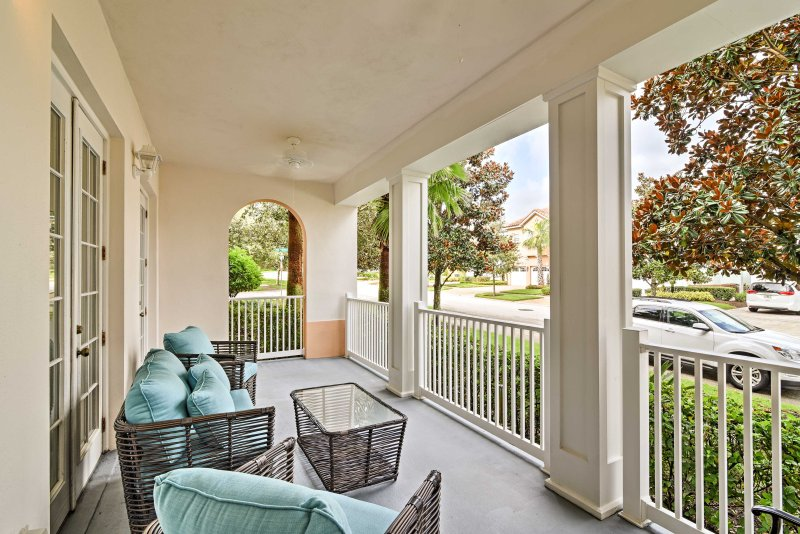 Visit sunny Central Florida and stay at this Reunion vacation rental condo.