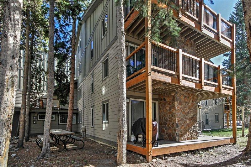 Uw ideale berg te ontsnappen wacht op deze Breckenridge vakantiewoning condo.