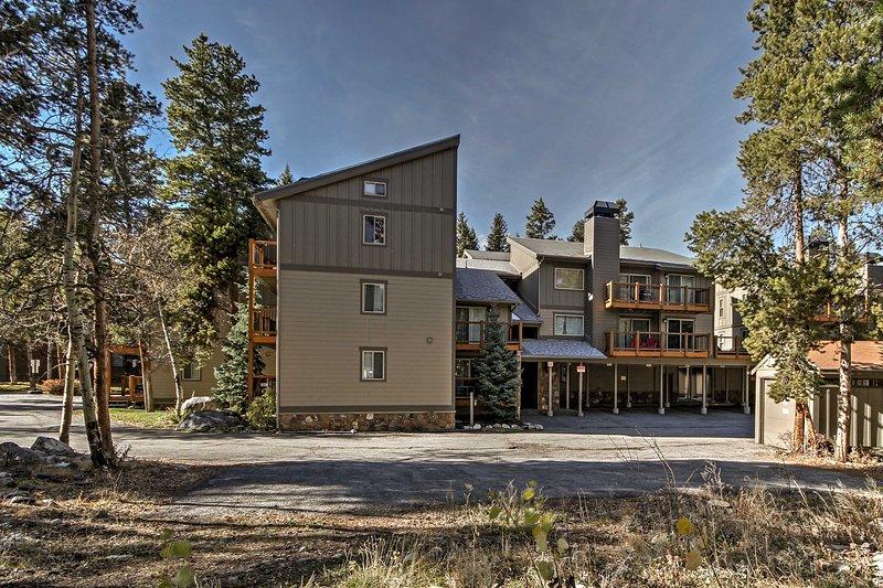 Dit appartement ligt op slechts 10 minuten of minder naar het basisgebied van Breckenridge Ski Resort!
