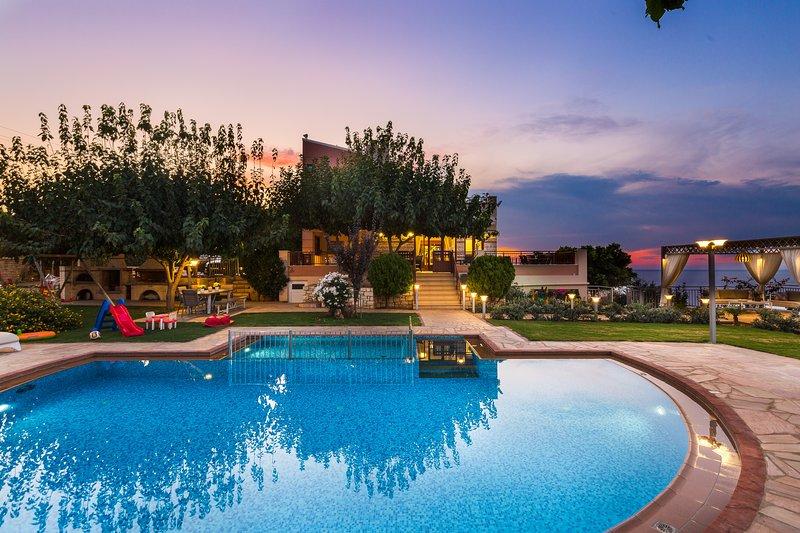 Luxuriate le migliori vacanze nella nostra completa Villa impianto famiglia Belle