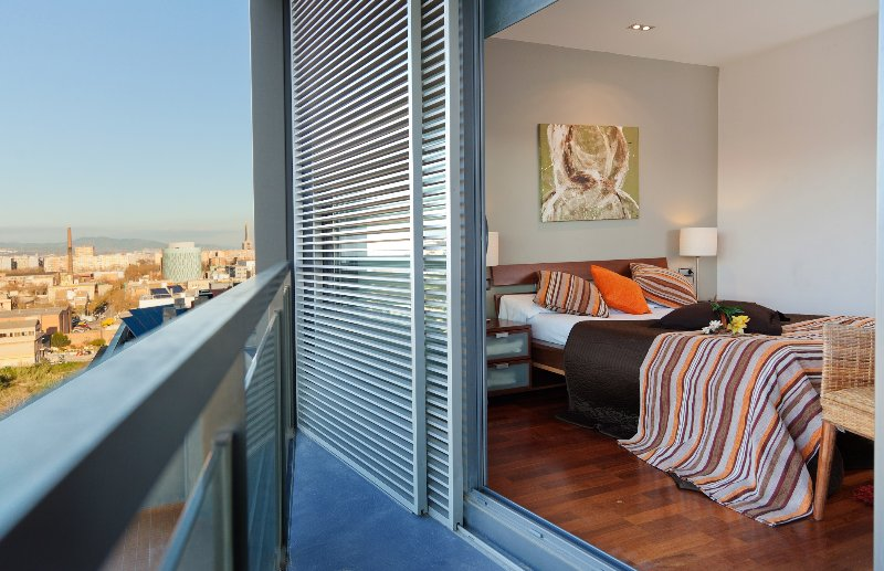 Exclusive duplex near the beach 1, vacation rental in Barcelona