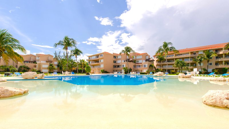 Riviera Maya Haciendas, Casa Las Palmas - Beach front swimming pool